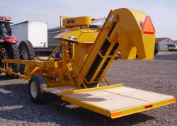 Pixall by Oxbo BH100 Bean and Pea Harvester